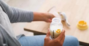 how to use an manual breast pumps