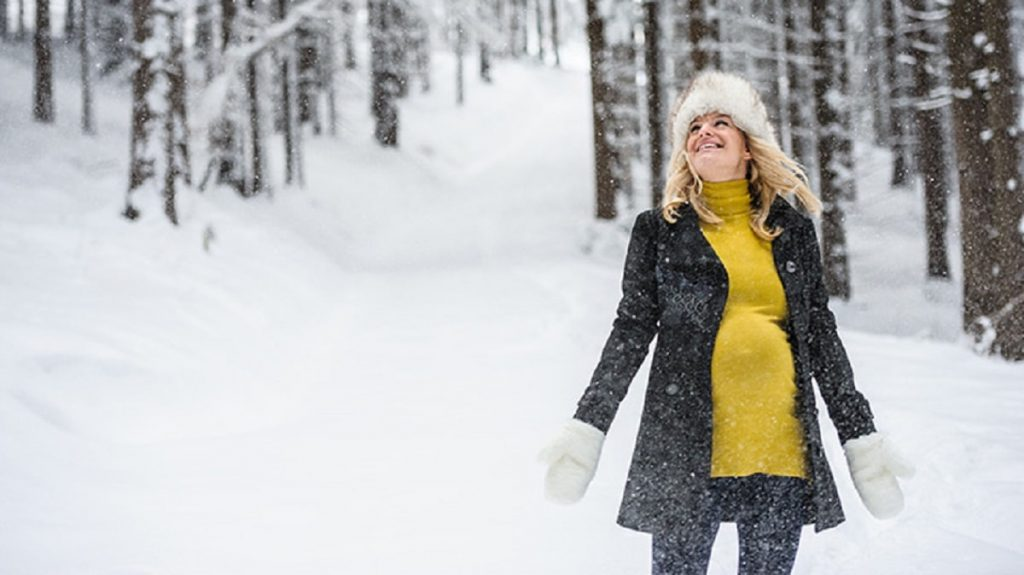 Dress up during pregnancy in winter